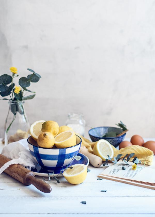 Reflectores para fotografía culinaria. Fotografía de limones